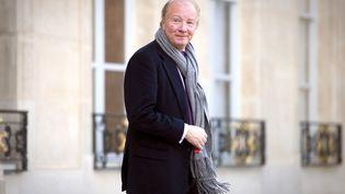 Brice Hortefeux à sa sortie de l'Elysée le 12 décembre 2011 à Paris. (Lionel Bonaventure / AFP)
