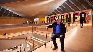 Le designer Terence Conran au Design Museum de Londres, le 17 novembre 2016. (BEN STANSALL / AFP)