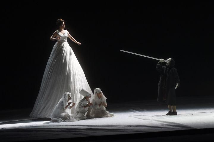 """Le""""Pinocchio"""" de Philippe Boesmans et Joël Pommerat à Aix-en-Provence.  (BORIS HORVAT / AFP)"""