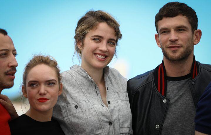 Coralie Russier à Cannes aux côtés d'Adèle Haenel et du réalisateur Robin Campillo.  (PHOTOPQR/LE PARISIEN/MAXPPP)