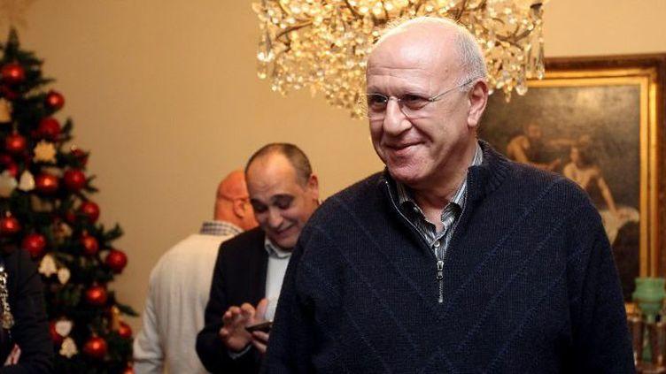 L'ex-ministre pro-syrien Michel Samaha à son domicile après sa libération de prison, le 14 janvier 2015. (AFP/ Anwar Amro)