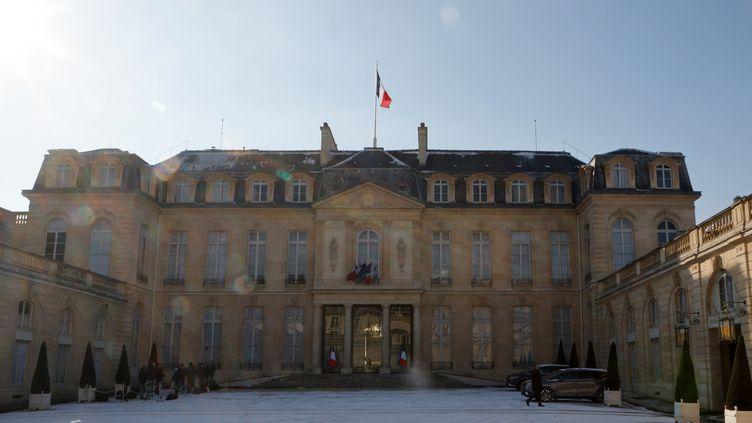 La cour du palais de l'Elysée, à Paris. (LUDOVIC MARIN / AFP)