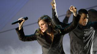 Christine and the Queens pendant sa première prestation musicale aux Victoires de la Musique (13 février 2015)  (Bertrand Guay / AFP)