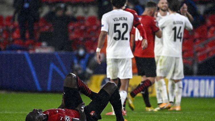 Malgré tous leurs efforts et le soutien du public, les Rennais n'ont pas réussi à s'imposer ce soir (DAMIEN MEYER / AFP)