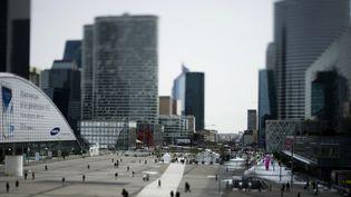 L'esplanade de la Défense. Le quartier d'affaires au Nord de Paris. Photo d'illustration. (FRED DUFOUR / AFP)