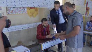 Un bureau de vote en Irak, lors des élections législatives de mai 2018. (FRANCE 2)