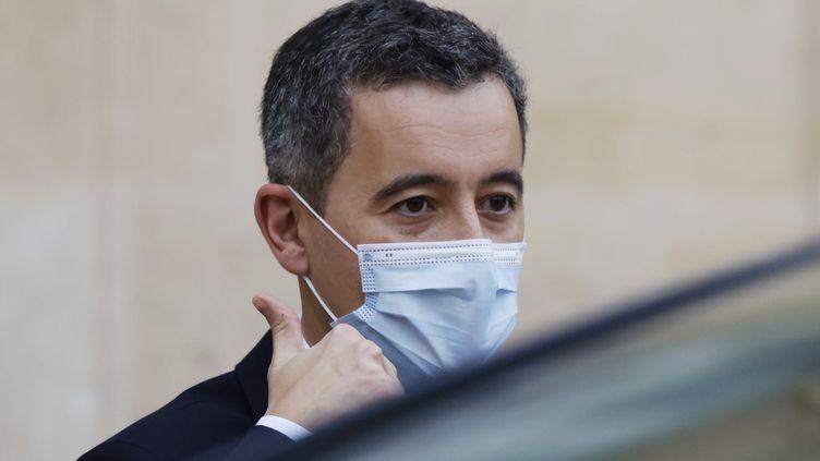 Le ministre de l'Intérieur, Gérald Darmanin, dans la cour de l'Elysée (Paris), le 2 décembre 2020. (THOMAS COEX / AFP)