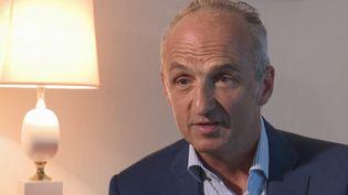 Eric Kariger a été l'ancien médecin de Vincent Lambert jusqu'en 2013. Sur France 3, il explique pourquoi il avait décidé d'arrêter les soins du patient à l'époque. (FRANCE 3)