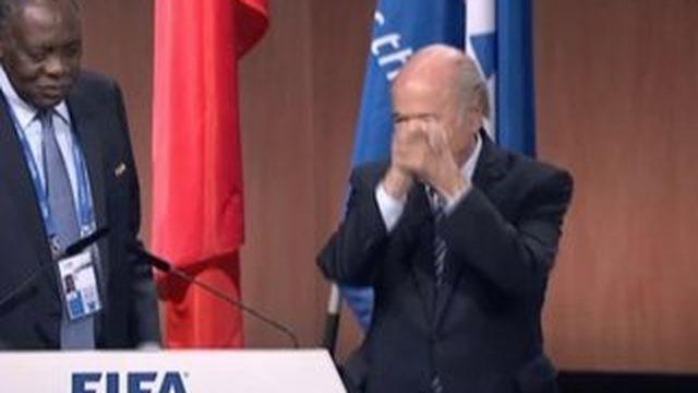 Sepp Blatter réélu à la tête de la Fifa,