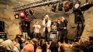 """1995 en """"concert secret"""" dans une carrière de pierres d'Auvers-sur-Oise, samedi 9 février 2013.  (RedBull After Party)"""