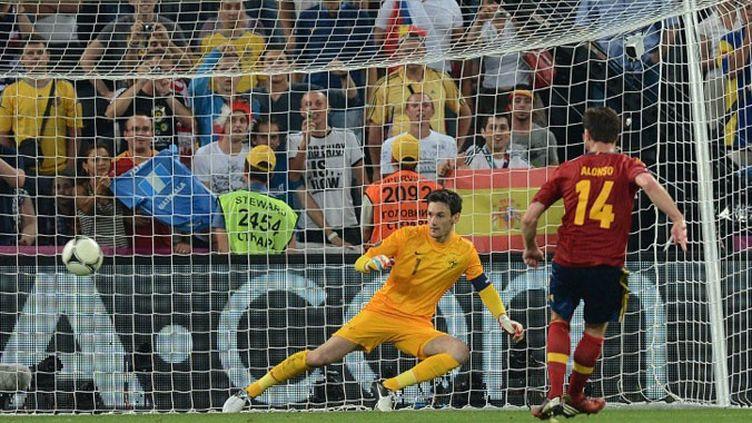 Alonso prend Hugo Lloris à défaut lors du 2e but espagnol