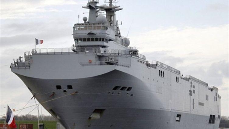 Le Mistral, dans le port allemand de Wilhelmshaven, le 11 avril 2010 (AFP/AFP PHOTO DDP / FOCKE STRANGMANN GERMANY OUT)