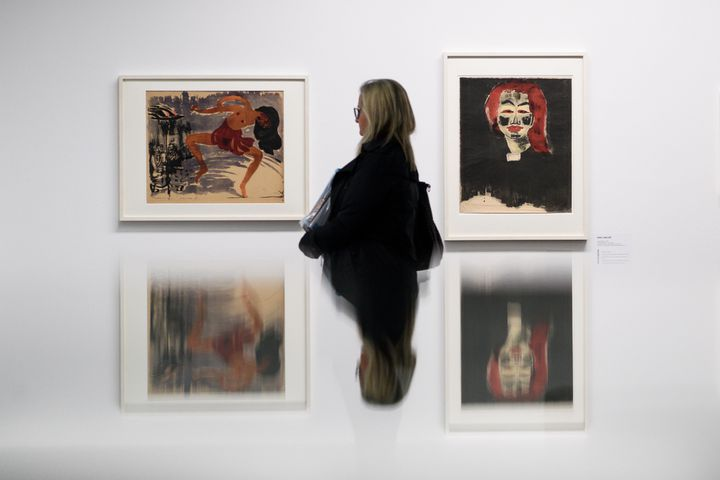 """Exposition """"Collection Gurlitt, état des lieux"""" : """"Le danseur"""" et """"Jeune femme danoise"""" du peintre germano-danois Emil Nolde.  (Fabrice COFFRINI / AFP)"""