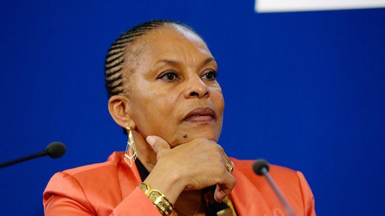 La ministre de la Justice, Christiane Taubira, le 9 octobre 2013 à Paris. (BERTRAND GUAY / AFP)