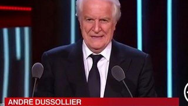Théâtre : André Dussollier reçoit son premier Molière