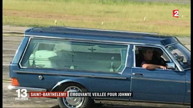 Saint-Barthélémy : émouvante veillée pour Johnny