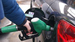 Les prix à la pompe repartent à la hausse.  (STÉPHANIE BERLU / FRANCE-INFO)