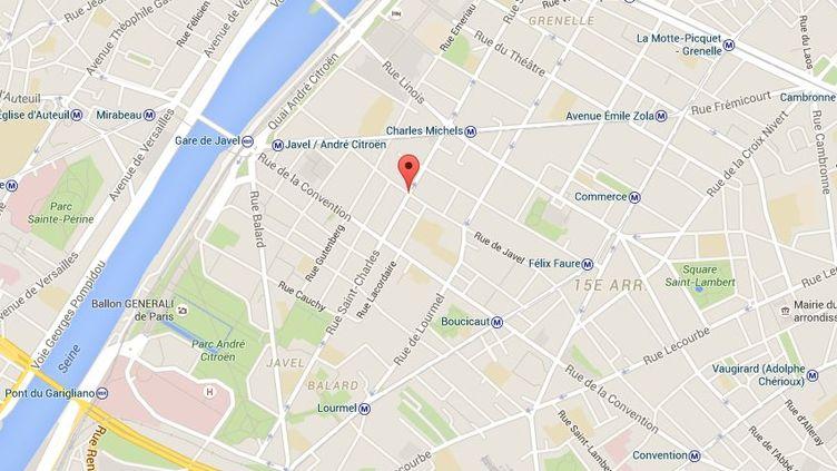 L'agression, particulièrement violente, s'est déroulée dans la nuit du dimanche 10 au lundi 11 juillet 2016 dans la rue Saint-Charles du 15e arrondissement de Paris. (GOOGLE MAPS)