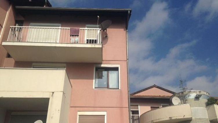 Le quartier de Villefontaine (Isère), où la famille disparue habitait, pris en photo le 8 septembre 2014. (CELINE AUBERT / FRANCE 3 ALPES)