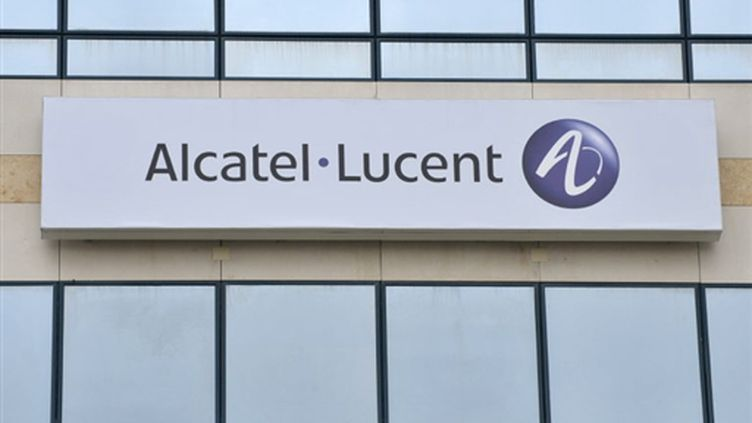 Logo du groupe Alcatel-Lucent (© AFP PHOTO ERIC PIERMONT)