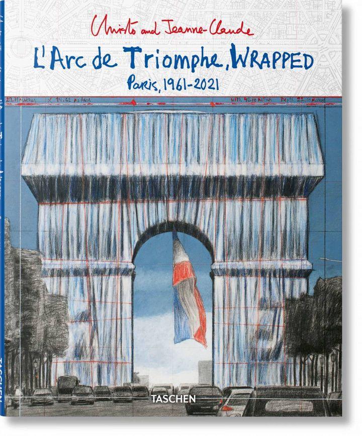 """Première de couverture de """"L'Arc de Triomphe, Wrapped"""" de Christo et Jeanne-Claude (2021). (EDITIONS TASCHEN)"""