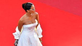 Rihanna, le 19 mai 2017, sur le tapis rouge du Festival de Cannes. (LOIC VENANCE / AFP)