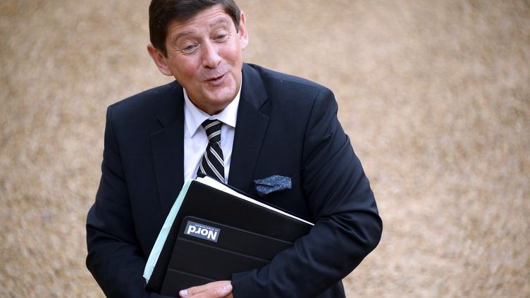 Le ministre de la Ville, de la Jeunesse et des Sports, Patrick Kanner, arrive à l'Elysée, le 27 août 2014. (BERTRAND GUAY / AFP)