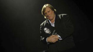Déjà, en 2007, Gérard Depardieu rendait hommage à Barbara pour les dix ans de sa mort (ici au Théâtre Mogador, pour un documentaire de France 5)  (Baltel / SIPA)