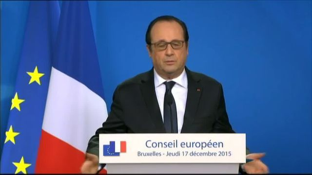 """Depuis Bruxelles, François Hollande a précisé le sens de son appel à la """"concorde nationale"""", lancé jeudi depuis Neuville-Saint-Vaast (Pas-de-Calais), où il est apparu aux côtés de Xavier Bertrand."""