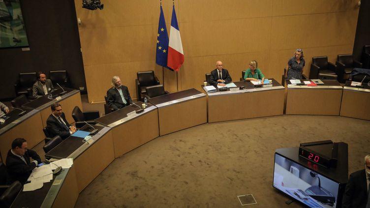 Audition par la commision d'enquête de l'Assemblee nationale du Pr Didier Raoult,le 24 juin 2020. (LUC NOBOUT / MAXPPP)