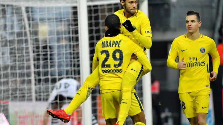 Neymar, Mbappé et Lo Celso lors du match Rennes-PSG