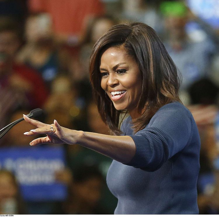 Michelle Obama lors d'un meeting du parti démocrate à Manchester, dans le New Hampshire (Etats-Unis), le 13 octobre 2016. (JIM COLE / AP / SIPA)