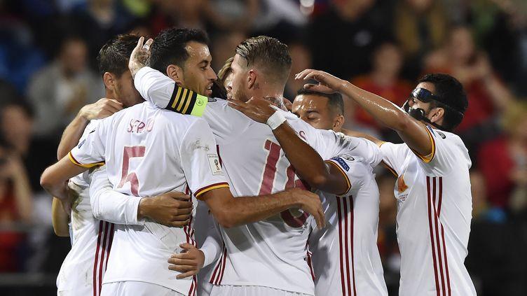 L'Espagne fête son billet pour le Mondial en Russie (MICHAEL BUHOLZER / AFP)