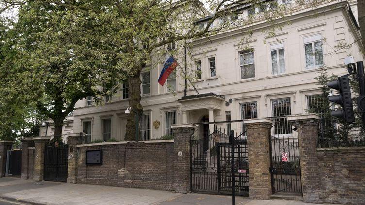 L'ambassade russe à Londres (Royaume-Uni), le 1er janvier 2018. (ALEX MCNAUGHTON / SPUTNIK / AFP)