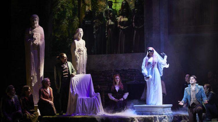 """""""Dame blanche"""" de Boïeldieu à l'Opéra-Comique (CHRISTOPHE RAYNAUD DE LAGE)"""
