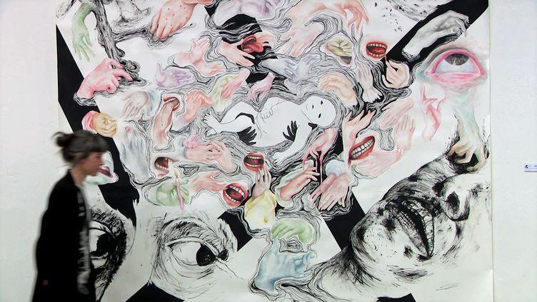 """L'artiste Laure André expose ses oeuvres à Strasbourg dans l'exposition """"Mauvaise grâce"""" (France 3 Grand Est)"""