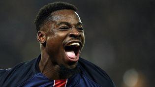 Le défenseur du PSGSerge Aurier après son but contre Lyon, le 13 décembre 2015 au Parc des Princes, à Paris. (FRANCK FIFE / AFP)
