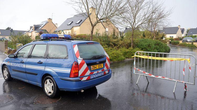 Le lotissement de Plougastel-Daoulas (Finistère) où une mère a tué deux de ses enfants dans la nuit du 10 au 11 novembre 2011. (FRED TANNEAU / AFP)