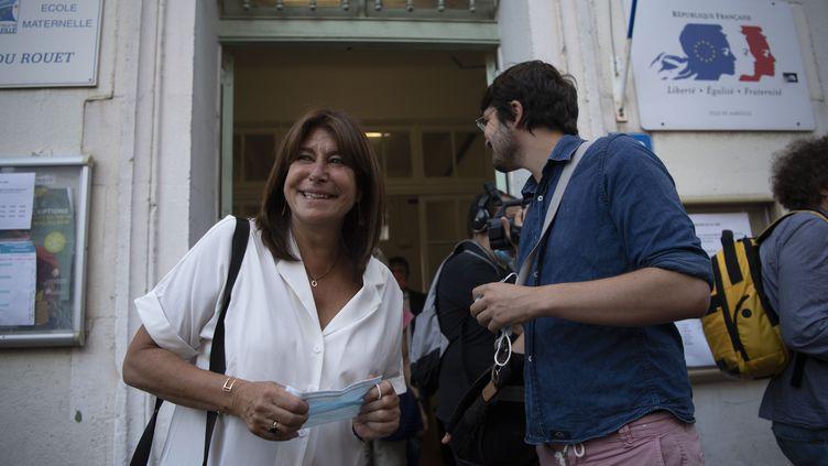 La candidate du Printemps marseillais Michèle Rubirola,vient d'aller voter lors du deuxième tour des élections municipales, le 28 juin 2020, à Marseille (Bouches-du-Rhône). (CHRISTOPHE SIMON / AFP)