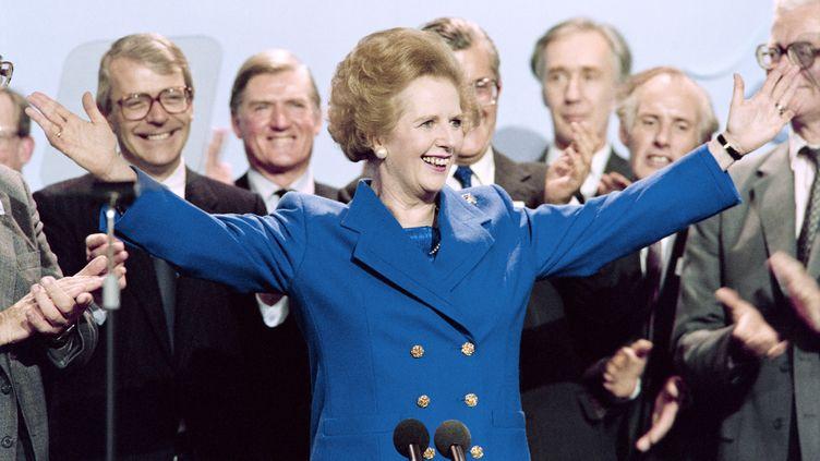 Margaret Thatcher, alors Première ministre,le 13 octobre 1989 à Blackpool (Royaume-Uni). (JOHNNY EGGITT / AFP)