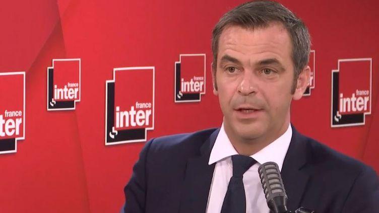 Olivier Véran, le ministre de la Santé, était l'invité de France Inter jeudi 16 juillet (capture écran). (FRANCE  INTER / RADIO FRANCE)