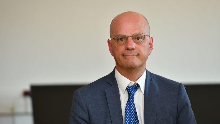 Le ministre de l'Education nationale, Jean-Michel Blanquer, le 30 août 2019 au Muy (Var). (YANN COATSALIOU / AFP)
