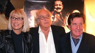 Georges Lautner aux côtés de Mireille Darc et Jean Lefebvre en 2002  (BENAROCH/SIPA)
