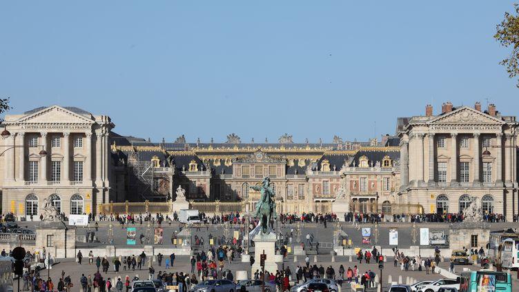 """140 grands groupes étrangers pour un sommet baptisé """"Choose France"""", à Versailles (Yvelines) (LUDOVIC MARIN / AFP)"""