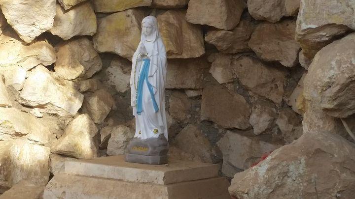 En Irak, dansBartella libérée, des catholiques français ont ramené une statue de la Vierge Marie (RADIO FRANCE / MATHILDE LEMAIRE)