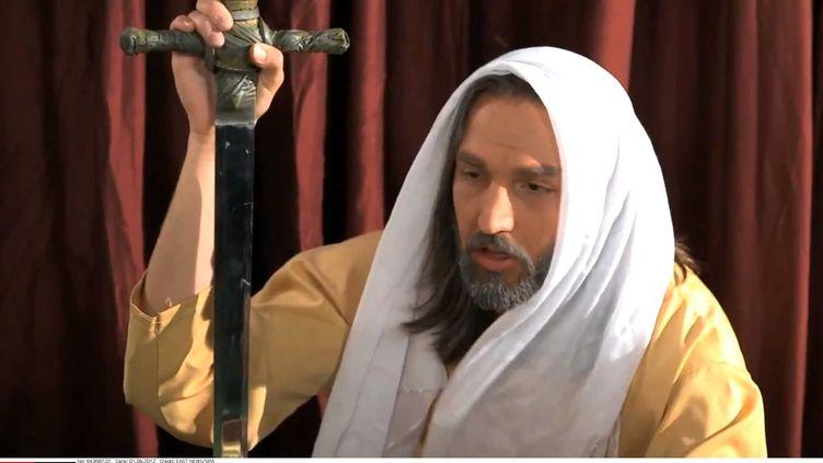 """Les sept hommes poursuivis par la justice égyptienne le 18 septembre 2012 sont soupçonnés d'avoir participé au film """"L'Innocence des musulmans"""" (capture d'écran). (SIPA)"""