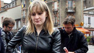 Cécile Bourgeon, la mère de Fiona,le 16 mai 2013 à Clermont-Ferrand (Puy-de-Dôme). (THIERRY ZOCCOLAN / AFP)