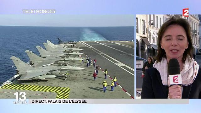 François Hollande en visite sur le porte-avions Charles de Gaulle