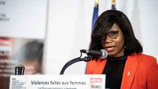La ministre déléguée chargée de l'Égalité entre les femmes et les hommes, de la Diversité et de l'Égalité des chances Elisabeth Moreno lors d'une conférence de presse le 25 novembre 2020 à Paris. (XOSE BOUZAS / HANS LUCAS / AFP)