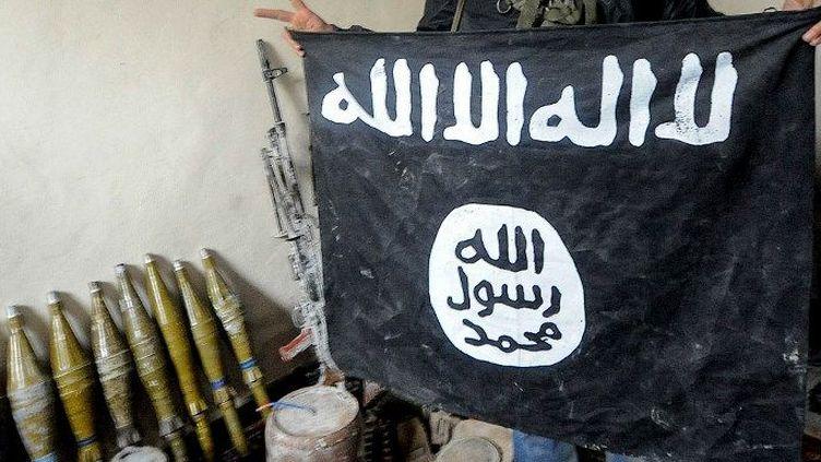 Drapeau de Daech (Etat islamique, Isis en anglais). (Gail Orenstein / NurPhoto)